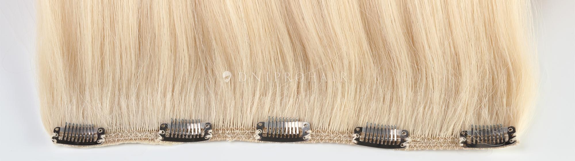 Волосся на трессах
