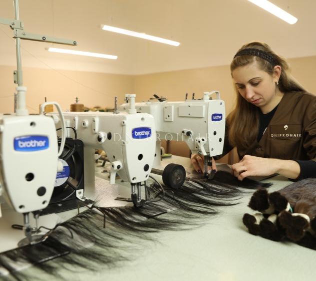 Трессовка и пошив изделий из волос